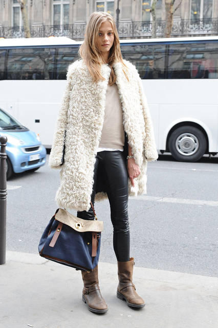 Zoe Leather Look Leggings - Black RESTOCKED | ファッションアイデア、コート、アウター (47343)