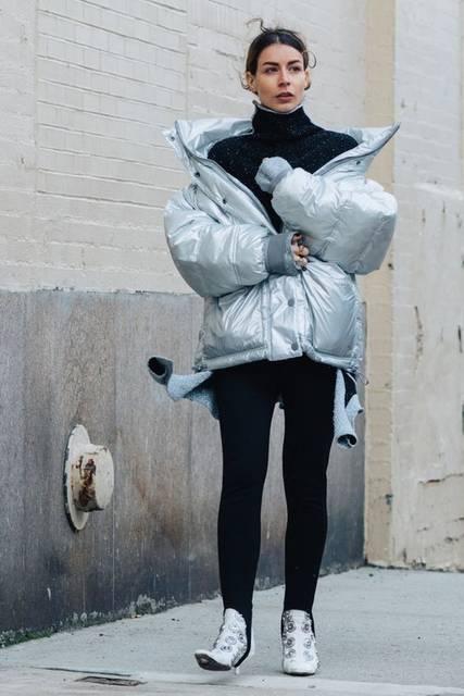 Street style à la Fashion Week automne-hiver 2017-2018 de New York | 女性ファッション、洋服、ファッション (47993)