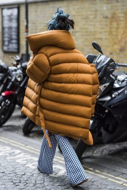 London Fashion Week's Street Style Stars Have an Eye for Details | ストリートファッション、ファッションアイデア、ジャーナル (47996)