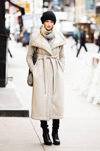 Puffer Jackets in Winter (48004)