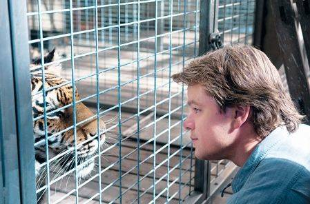 We Bought a Zoo  ★★ love this movie. | mental picture portrait. | Pinterest (48675)
