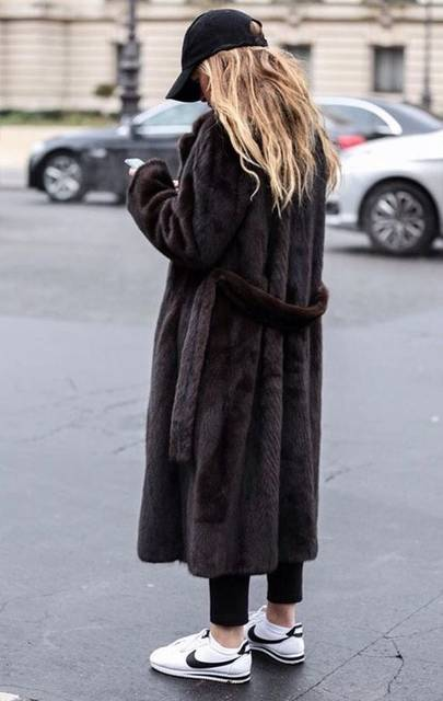 @lifelovewear  LIFE LOVE AND WHAT TO WEAR . COM | Coat | Pinterest | Street styles, Street and Winter (49914)