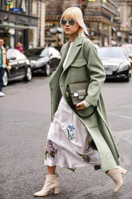 Linda Tol, loving this green with the cream boots | Coat | Pinterest | Cream boots, Linda tol and Street styles (49923)