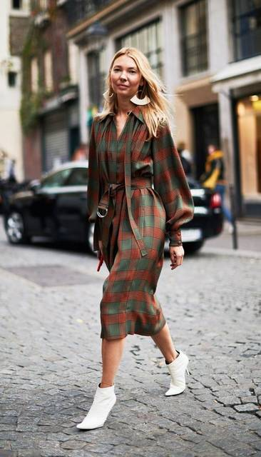 If You Love Ladylike Looks, You Need to See the Street Style in Paris Right Now | Street styles, Street and Style pictures (50143)