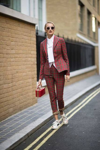 Milán Y Londres: El Mejor Street Style En Más De 30 Imágenes – Cut & Paste – Blog de Moda | WIP | Pinterest | Tartan, Ootd and She s (50153)