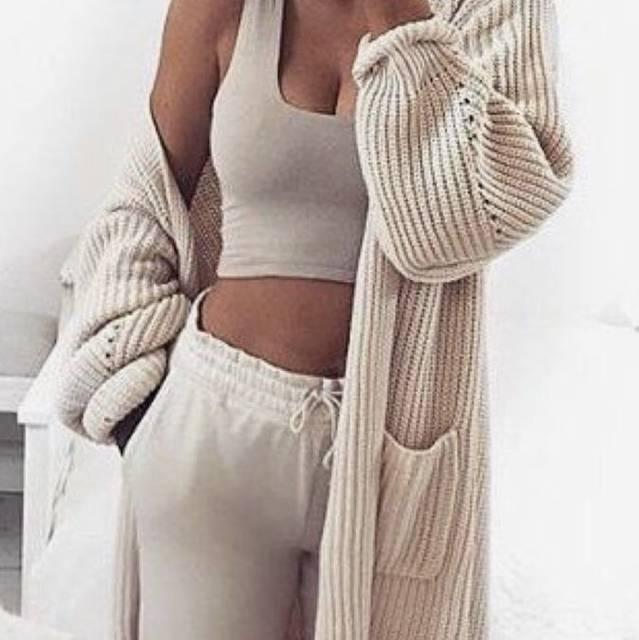 Image about girl in fashion by H A N N A on We Heart It (53660)
