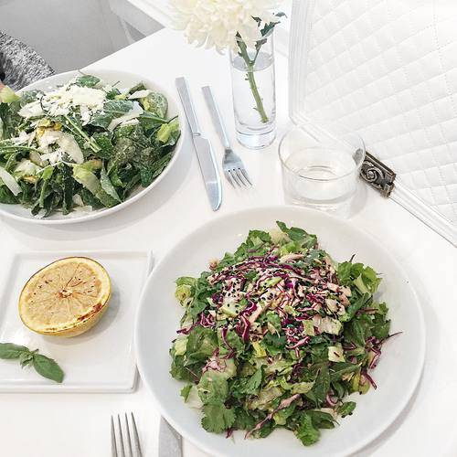 "Jennifer Henry-Novich on Instagram: ""Greens and things for a healthy and delicious lunch 💪🏼🌿 I've linked this beauty and my other favorite Chanel boy bags via @liketoknow.it Shop the post here http://liketk.it/2p13d (57006)"