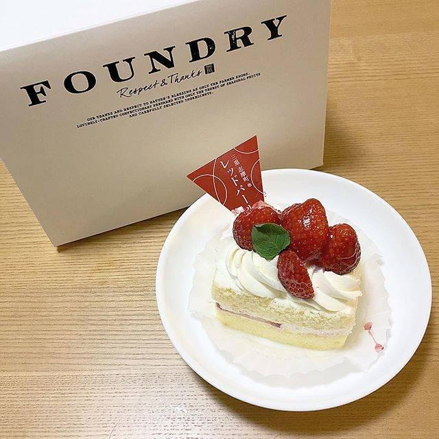 renaさんはInstagramを利用しています:「▸ ▸ . 人気ナンバーワンだった ⿻ . いちごの 甘酸っぱさと クリームの 甘さが マッチしてました ❤︎ . . . #cake #shortcake #dessert #strawberry #foundry #instagram #instagood #ケーキ…」 (53554)