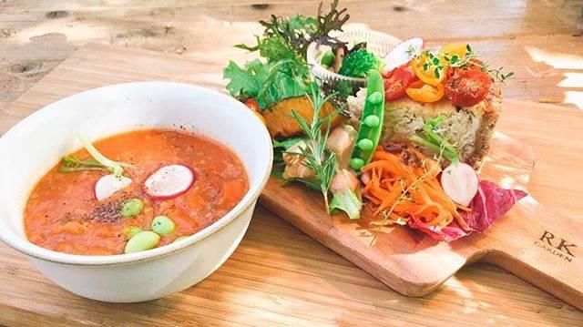 """RK GARDEN on Instagram: """"・ """"季節の高原野菜とプチトマトの 自家製ヴィーガンキッシュ""""  全粒粉生地と豆腐のアパレイユにローストした 季節の野菜を合わせて焼き上げたキッシュ 昨年に続き大変ご好評を頂いている人気MENU SETにミニミネストローネとドリンク付…"""" (53582)"""