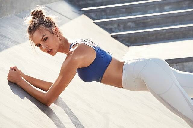 """Victoria's Secret on Instagram: """"Hold it right there, and get the Angel Max Sport Bra & Total Knockout Tight for $65! Excl. apply. Ends 3.1. 🇺🇸only."""" (54018)"""