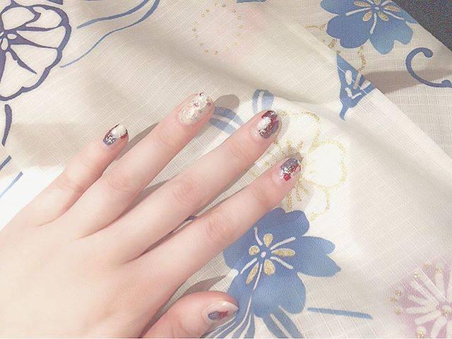 kaoru akasakaさんはInstagramを利用しています:「#浴衣ネイル . . . 花火大会のときの 浴衣セルフネイル💅 . 落ち着いた色味で 指先も浴衣感 ♥︎♥︎ . なんとなく適当に塗ったけど 割と雰囲気良くできた(笑) . . #instagram #instagood #instaday #instaart…」 (55131)