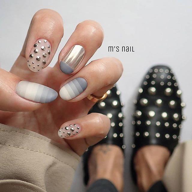 @mimisan0207 - Instagram:「お久しぶりネイル💅💞. 靴のスタッズと合わせてみました🙌 暖かくなって嬉しいけど花粉が…鼻かみすぎて毎日鼻血😂. いつになったらおさまるの😂. .…」 (55500)