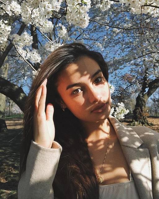 """Kelsey Merritt on Instagram: """"Florals? For spring? Groundbreaking. 🌸🌷🌹🌼🌺"""" (57898)"""
