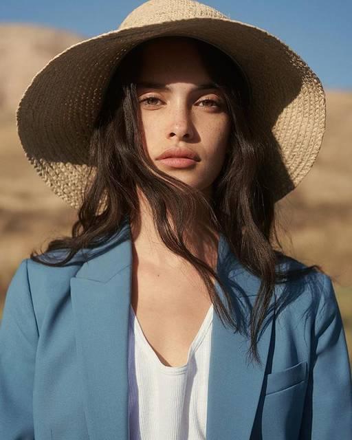 "Homa Safar 🇦🇫 on Instagram: ""THEORY SS18 Good Wool Campaign by @dritch  Model: @zoeebarnard  Stylist: @tracey_nicholson @streetersusa  Makeup: @homasafar  Hair:…"" (58371)"