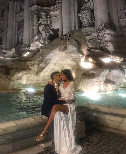 "DOSES OF STYLE on Instagram: ""Moments in beautiful Rome! By @irene_angelopoulos_couture __________________________________#dosesofstyle #rome #love #mood #couplegoals"" (58597)"