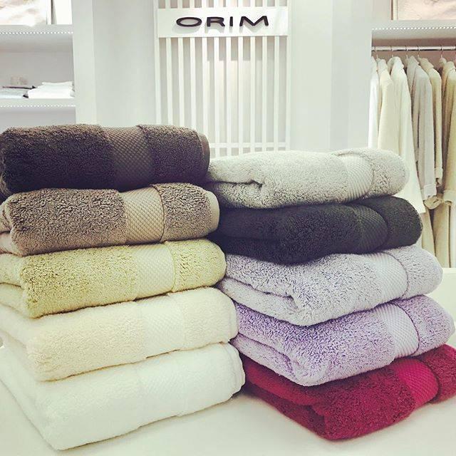 """ORIM on Instagram: """"* * MAYU * 極上の柔らかさとボリュームを追求したラグジュアリータオルシリーズ『MAYU』。洗濯を繰り返しても持続する柔らかさとこれまでにないボリュームは、ORIM独自のプロセスによって実現しました。ほかのタオルでは味わえない、極上のラグジュアリー感をもたらします。 *…"""" (58873)"""