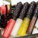 5/1発売《kiss(キス)》レディライクな「ヴェールリッチルージュ グロウX」限定色&贅沢にきらめく「ニュアンスラスターグロス」新色・限定色をレビュー!