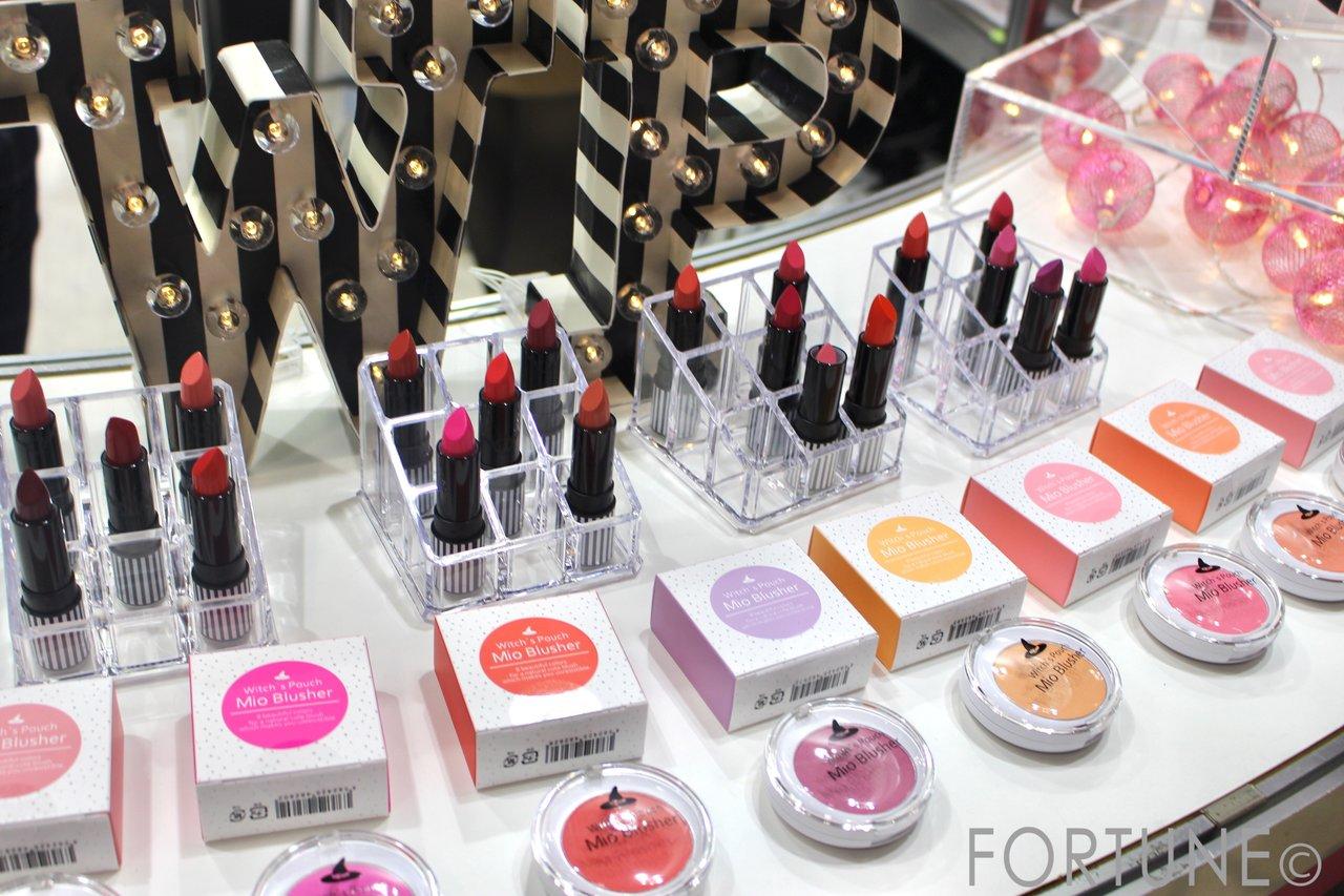 国際 化粧品展 COSME TOKYO 新作 コスメ 最新 2018 (株)アスリーエイチ ウィッチーズポーチ