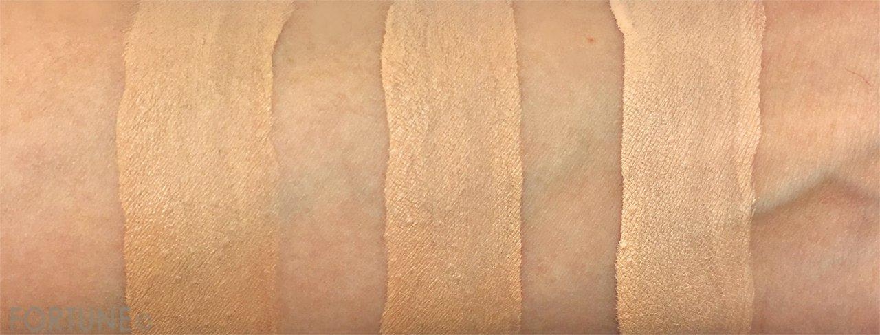 カネボウ化粧品 コフレドール「クリアWPリクイドUV」色味