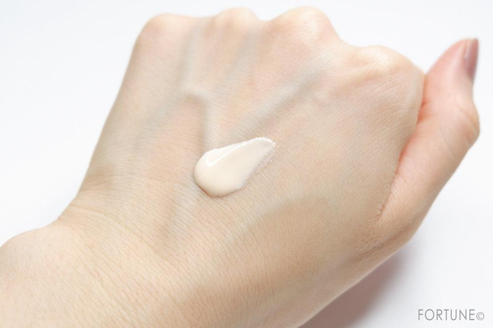 ソフィーナ プリマヴィスタ「皮脂くずれ防止化粧下地 レモングラスの香り」使用感