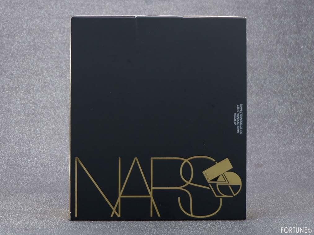 画像:NARS(ナーズ)クリスマスコフレ「NARS VIPルーム エッセンシャルセット」