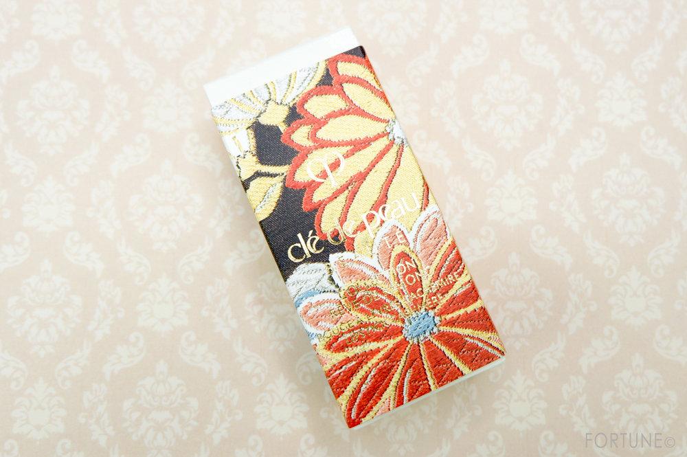 「ルージュアレーブル カシミア」限定色 512レッドパッション画像:クレ・ド・ポー ボーテ2019クリスマスコフレ