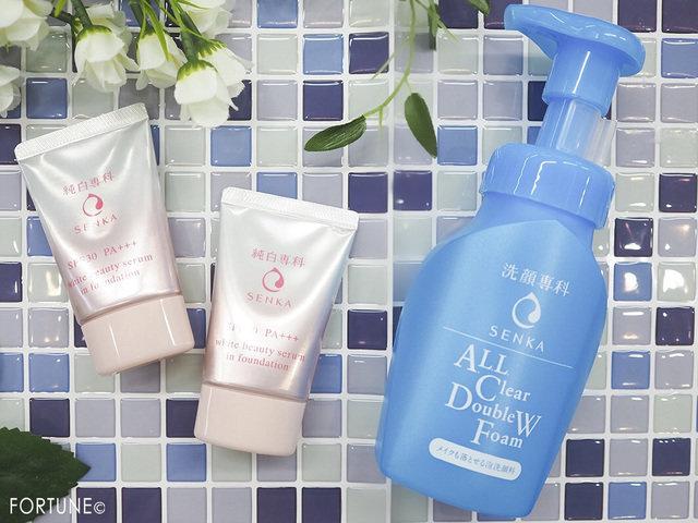 コスメカレンダー:純白専科「すっぴん色づく美容液フォンデュ」/洗顔専科「メイクも落とせる泡洗顔料」