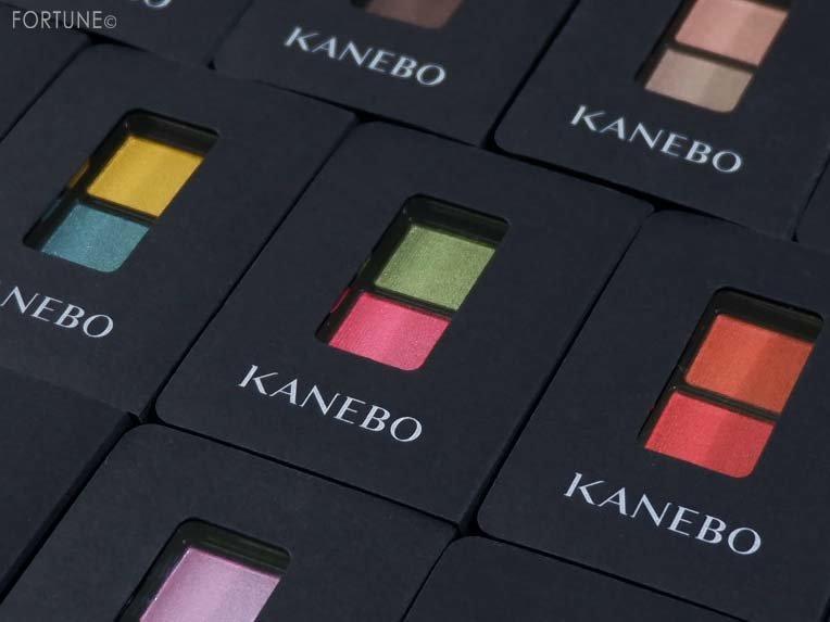 画像:KANEBO(カネボウ)「アイカラーデュオ」全12種
