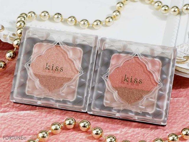 画像:、kiss(キス)の「キス デュアルアイズBX」...