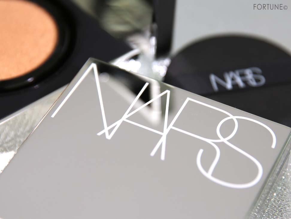 画像:NARS(ナーズ)「ナチュラルラディアント ロングウェア クッションファンデーション」5297 限定ケース