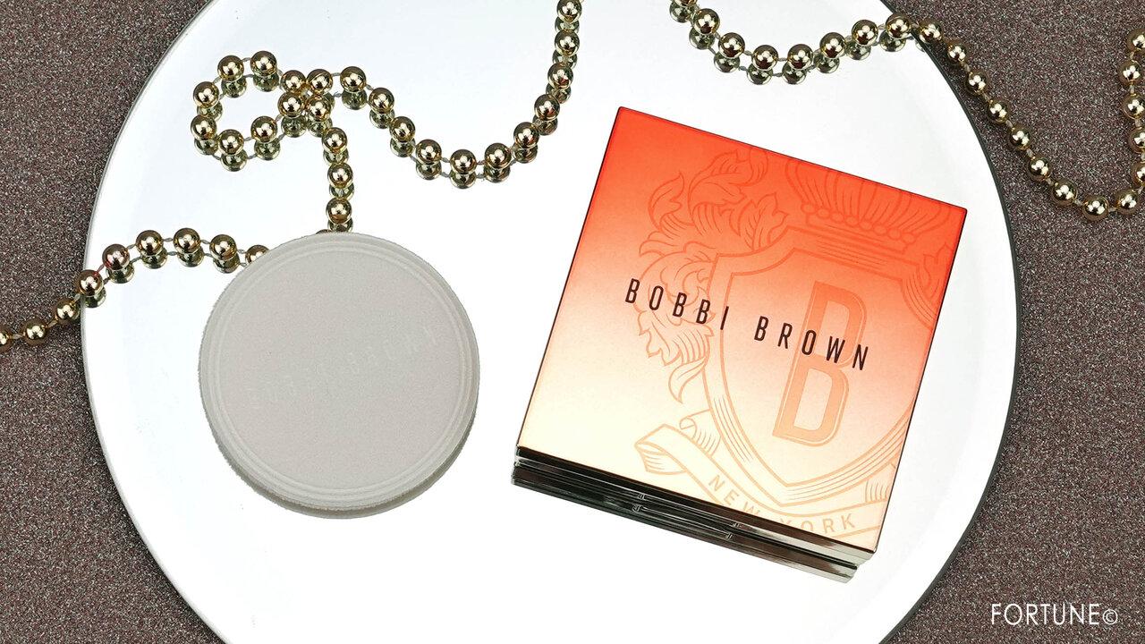 BOBBI BROWN(ボビイ ブラウン) Bobbi Brown x Ni Ni COLLECTION/2020年秋冬 新作コスメ「シアーフィニッシュ プレストパウダー」