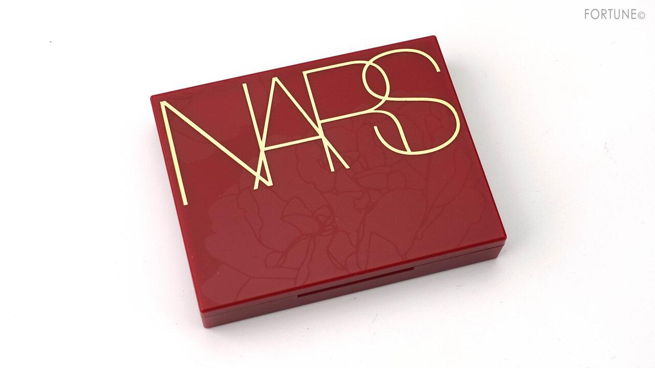 NARS(ナーズ) 2021新作コスメ ニューイヤーコレクション「ライトリフレクティングセッティングパウダー プレスト N 00359」レビュー・スウォッチ・使用レポ