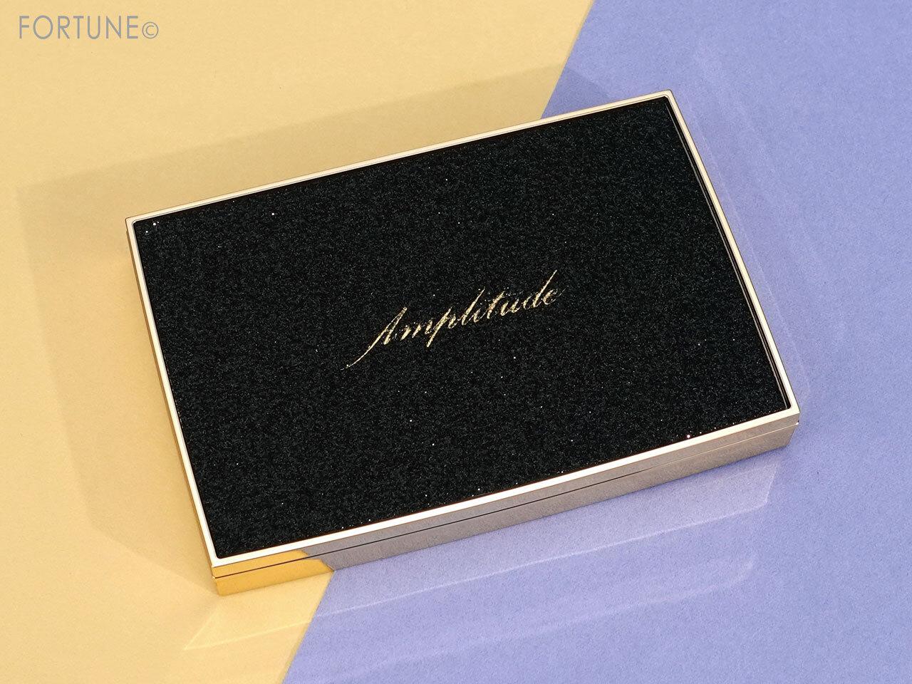 Amplitude(アンプリチュード)アイカラーパレット リミテッドコレクション a