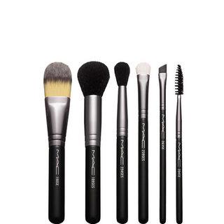 Look In A Box: Basic Brush Kit | MAC公式オンラインショップ (453568)
