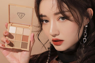 3CE  MOOD RECIPE MULTI EYE COLOR PALETTE #SMOOTHER (574567)