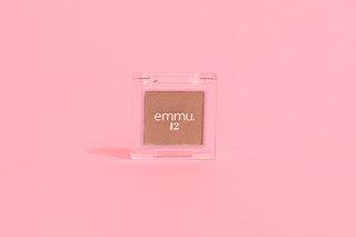 【emmu.12】アイシャドウ  【A】shiny brown (924964)