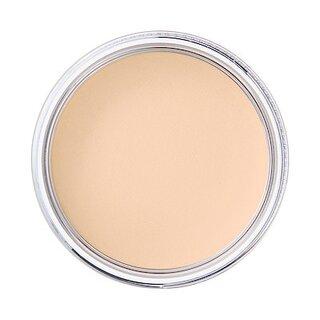 紫外線から肌を守り、外出時の化粧直しにも便利なプレスト...