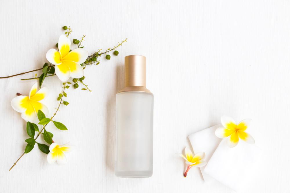 化粧水に使用期限はある?おすすめの保管方法も紹介