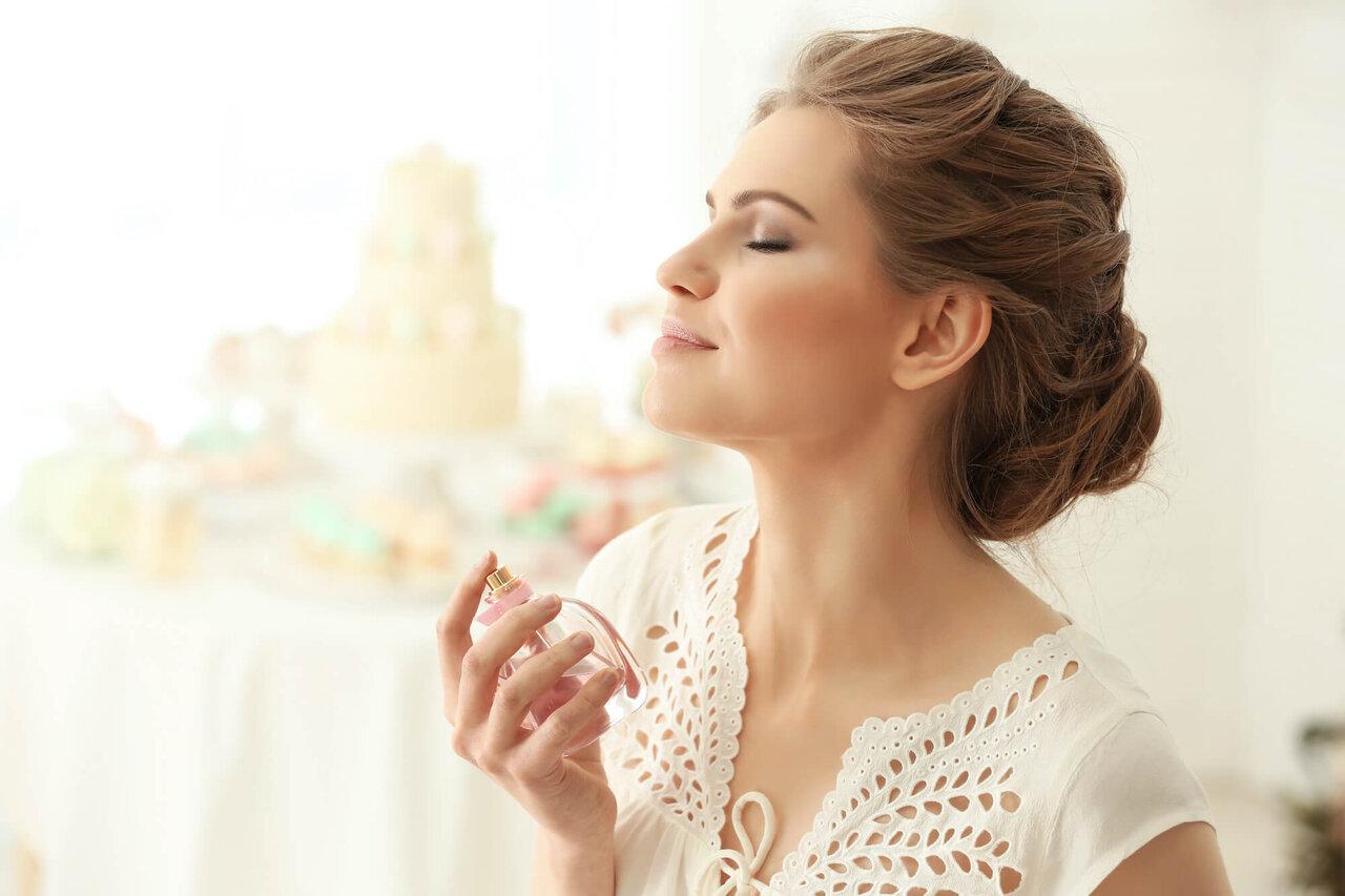 ムスクの香りの特徴や効果とは。おすすめ香水もあわせて紹介