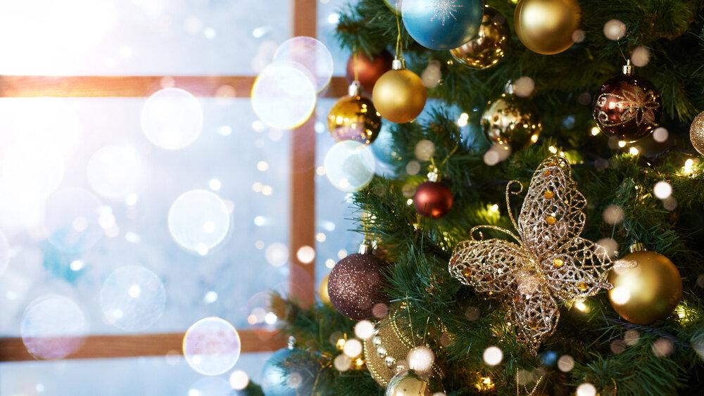 女性が喜ぶクリスマスギフト5選!バッグや財布などのおすすめ商品も紹介