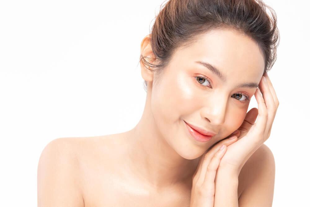 酵母エキスの発酵パワーでみずみずしい美肌に。肌への効果・効能や魅力を紹介