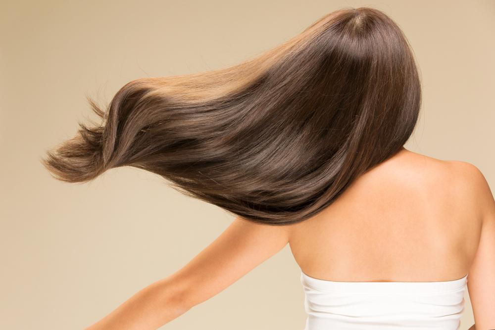 髪の毛が絡まるのは、日頃のケアが原因かも?美しい髪を作る正しいお手入れとは