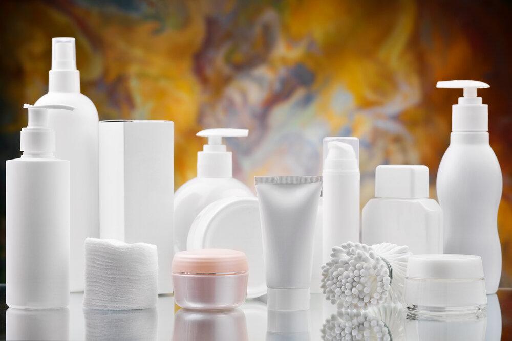 化粧水やクリームの容器
