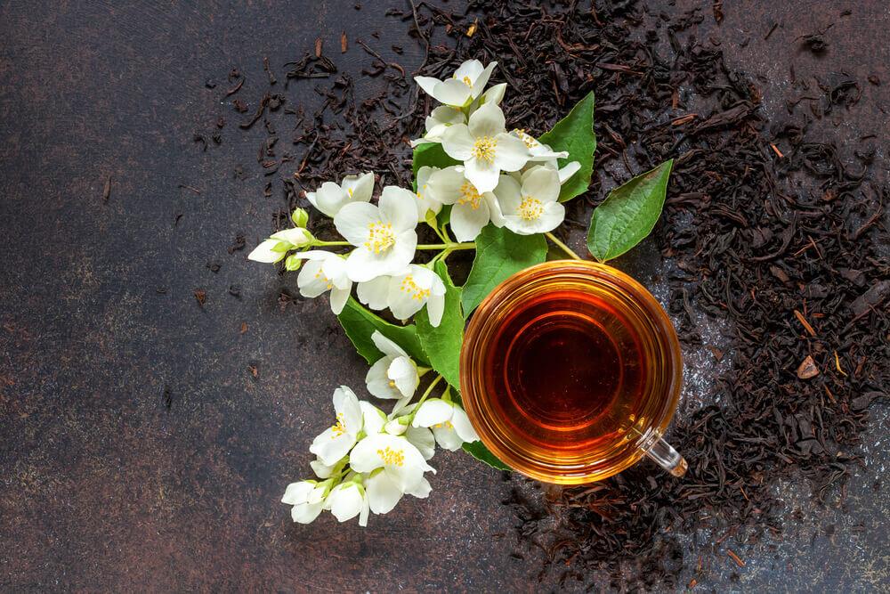 ジャスミンの花とお茶