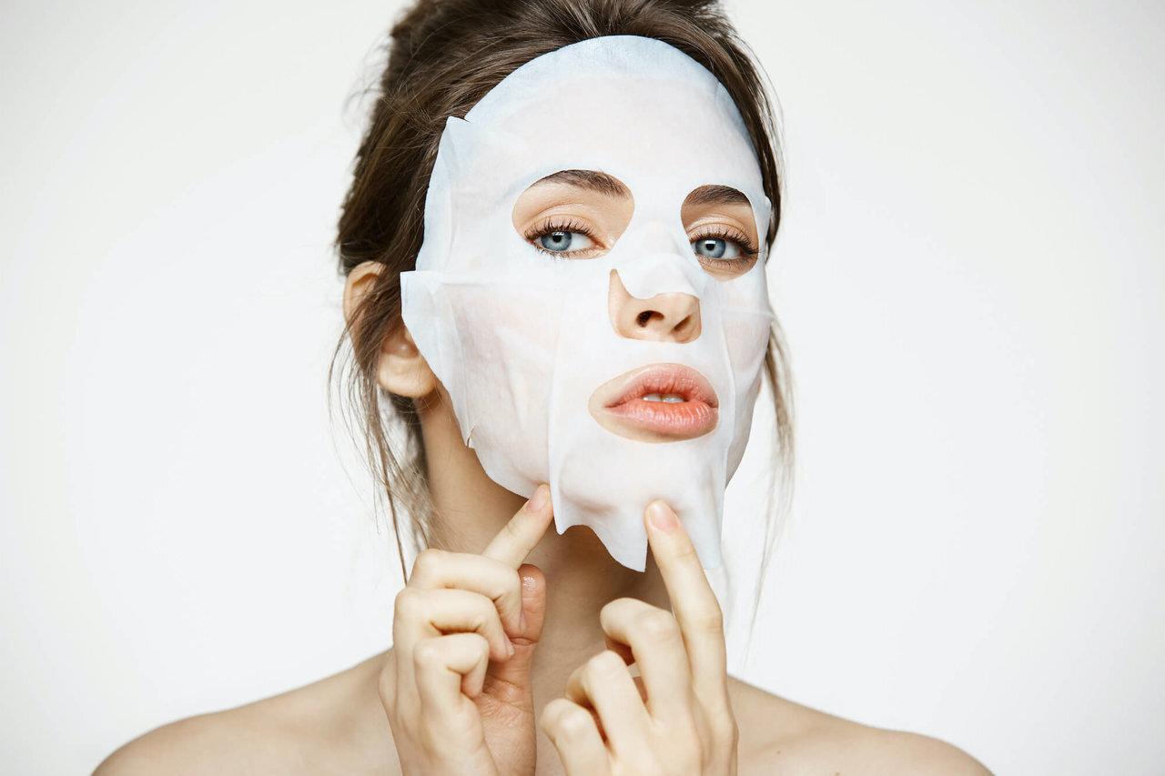 40代の肌に「シートマスク」で集中ケア。おすすめの使い方を解説 - Her ELEGANCE