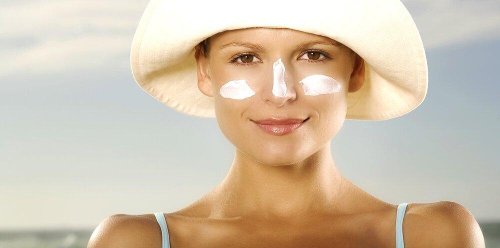 2021年【皮膚科医おすすめ】肌に優しい日焼け止めの選び方。マスク焼け対策も - Her ELEGANCE