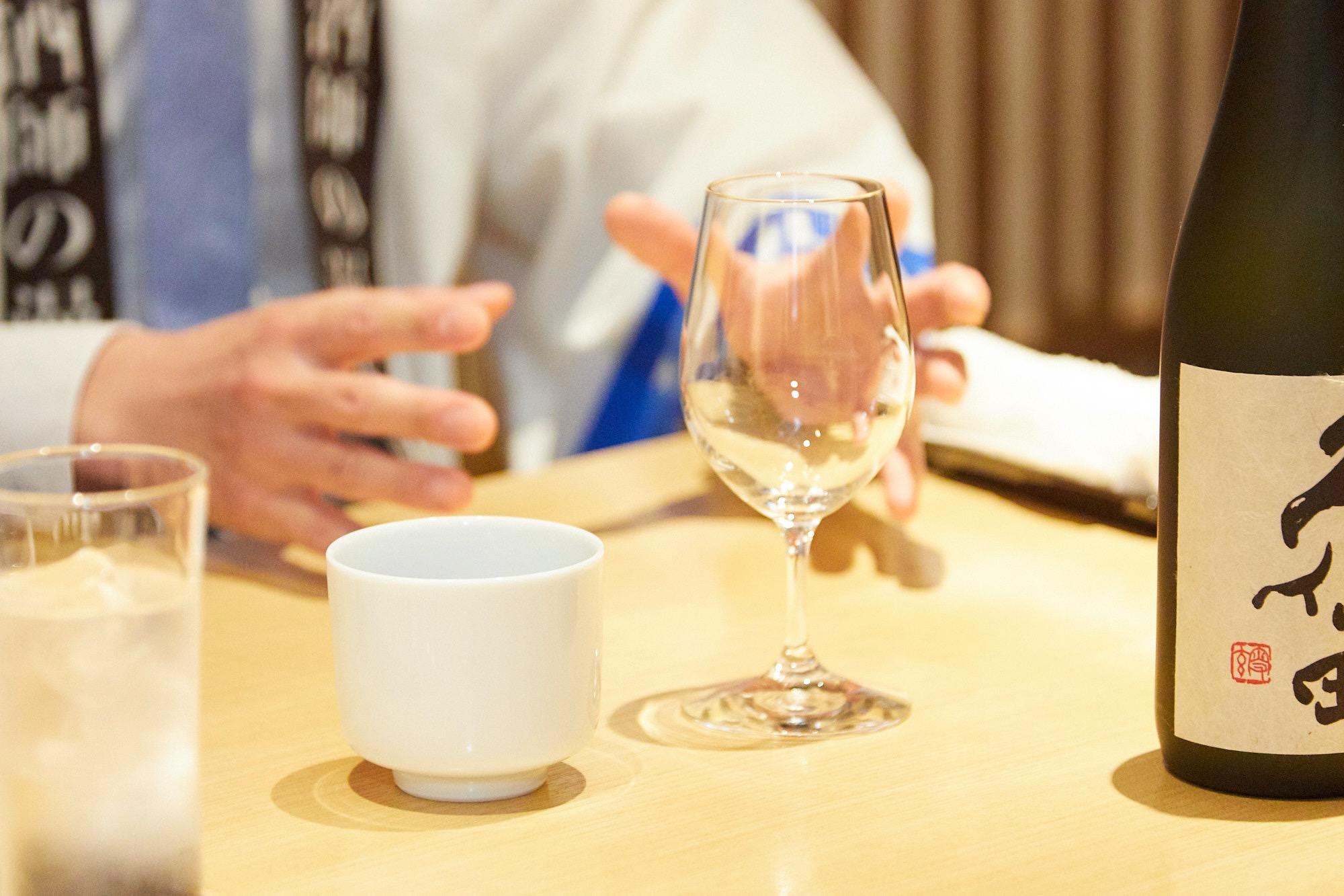 """漫才師""""にほんしゅ""""が教える「きき酒」の方法!ただ飲むだけじゃない魅力って?"""