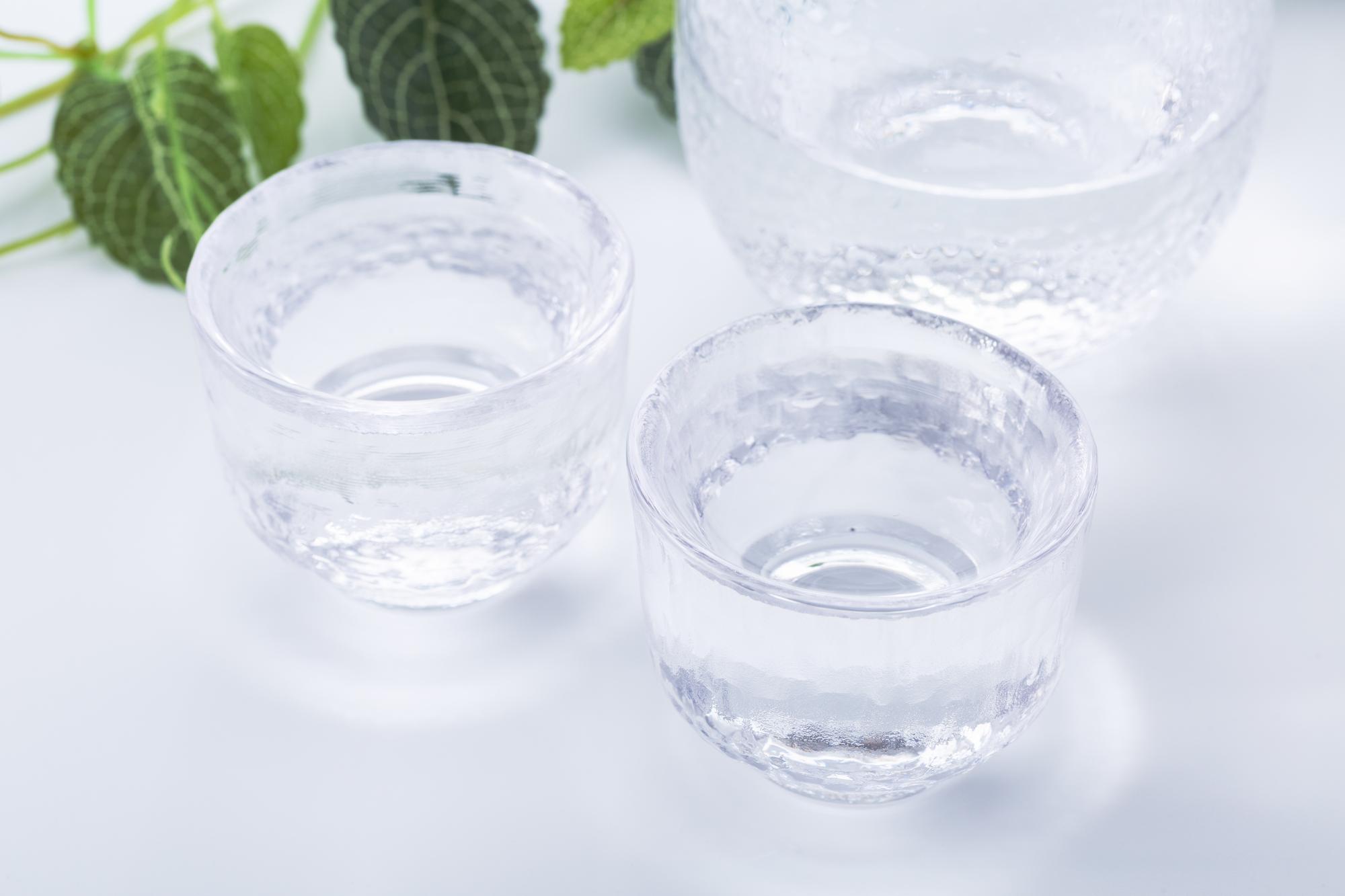 冷酒と冷やの違いは?冷やして飲みたい日本酒の種類とおすすめを紹介