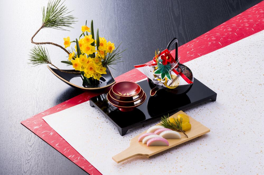お正月に欠かせない「お屠蘇(おとそ)」の意味とは。意外と手軽な作り方も紹介