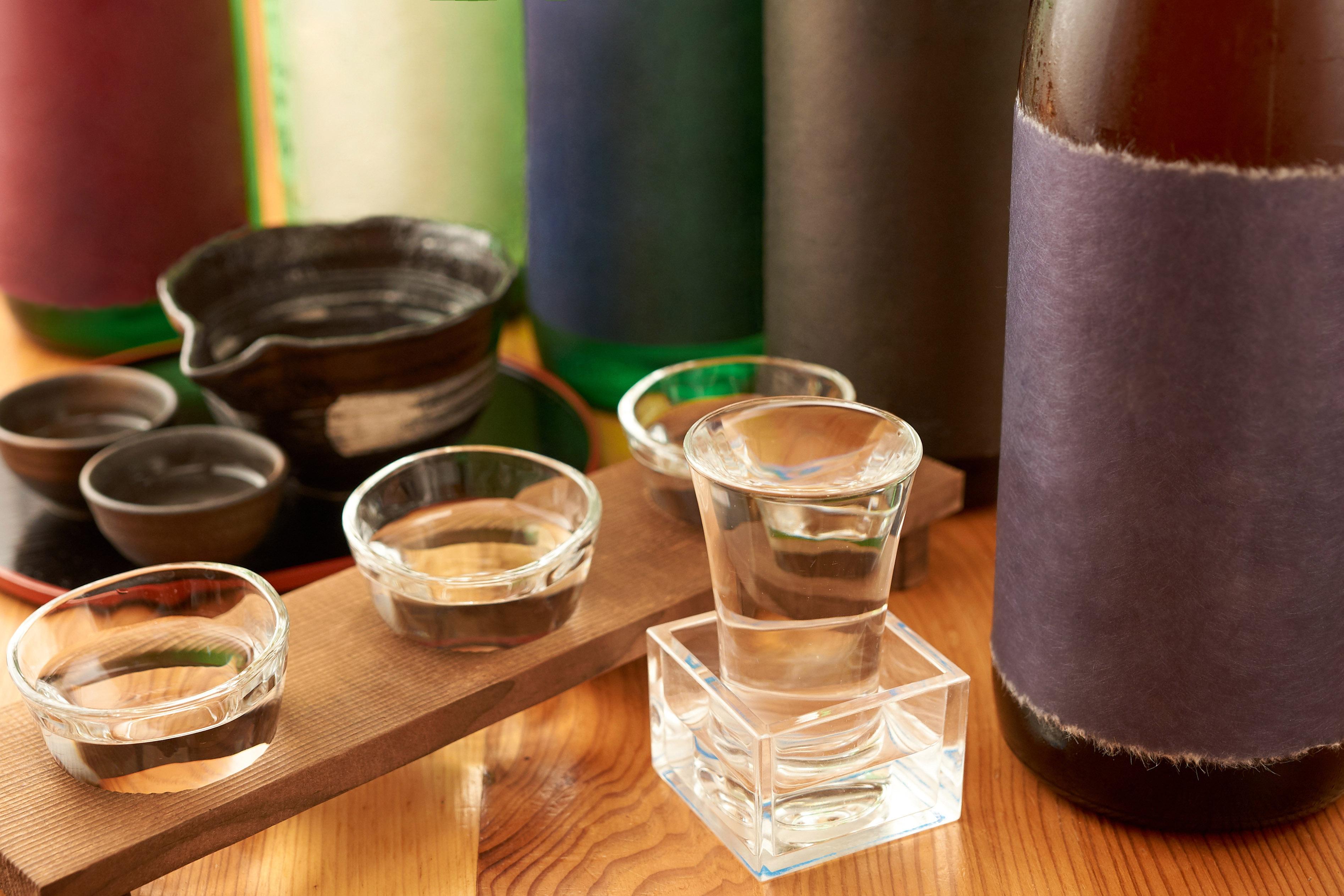 日本酒の飲み比べを楽しむポイントを知って、好みの銘柄を見つけよう